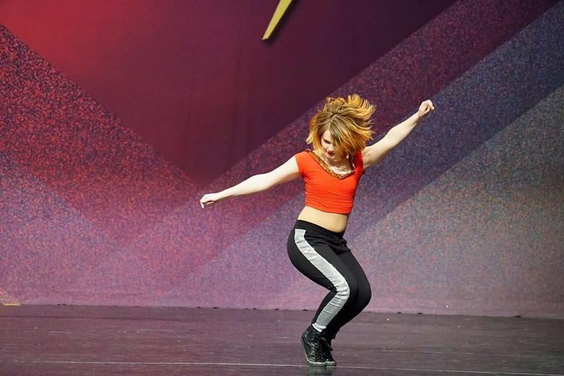Junior+Autumn+Shingledecker+dancing+her+hip+hop+solo+to+%E2%80%98London+Bridges.%E2%80%99+%E2%80%9CWe%E2%80%99re+usually+one+of+the+smaller+studios+there%2C+but+we+usually+place+well%2C%E2%80%9D+junior+Autumn+Shingledecker+said.+%E2%80%9CIt%E2%80%99s+a+great+experience.%E2%80%9D
