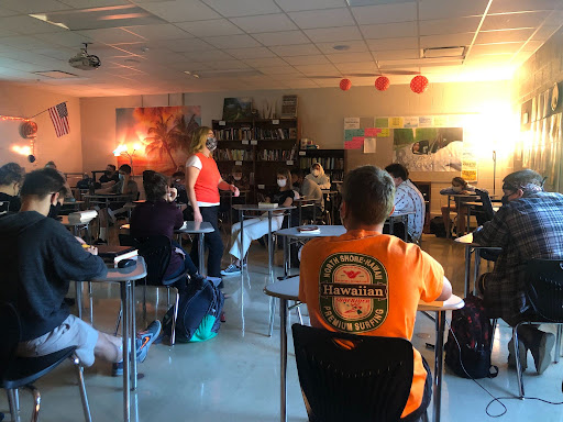 Jessica Martell teaches her 9th grade English class, as students actively engage in the lecture. All together, there are 90 students in the class of 2025.